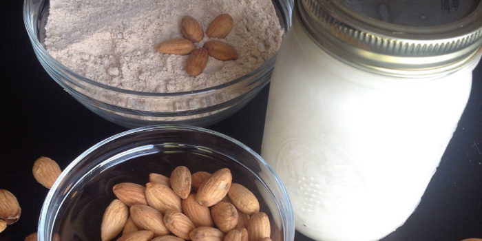 featured image homemade almond milk